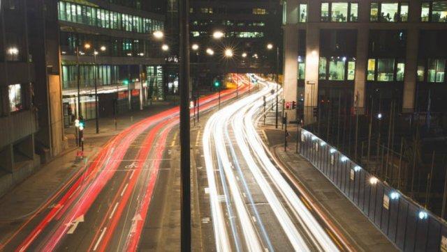 01-img-fortuluz-la-luz-facil-electricidad-internet-cuantico-a-la-velocidad-de-la-luz